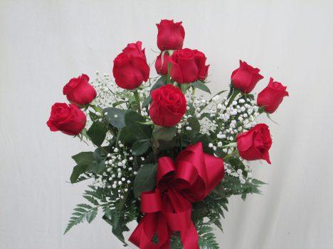 1 Dz. Roses Vased